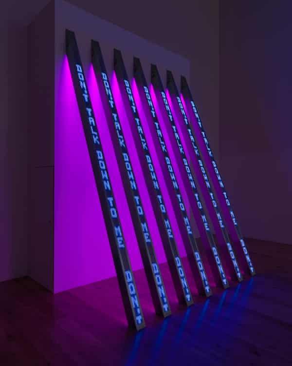 BLUE PURPLE TILT, 2007, in Holzer's Tate Modern Artist Rooms.