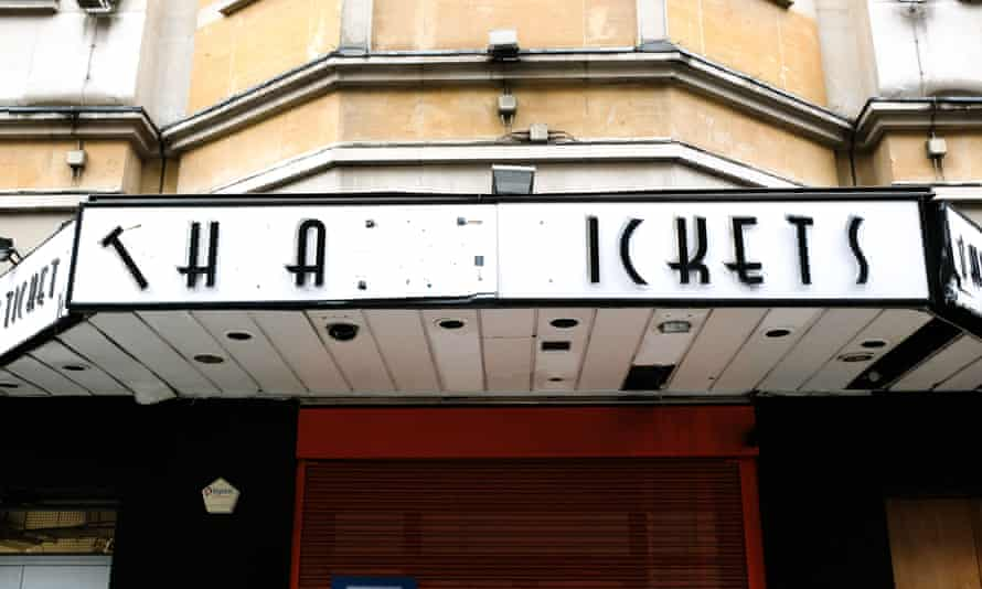 """""""Theatre tickets"""" sign with letters missing in London"""