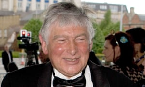 After the seven-play Wars of the Roses in 1989, Michael Bogdanov won the Olivier best director award and went on to produce Coriolanus, The Winter's Tale and Beowulf.