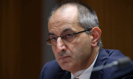PM 'concerned' that Mike Pezzullo allegedly tried to silence senator after AFP media raids