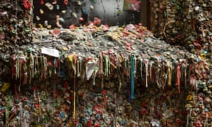 Seattle's chewing gum wall