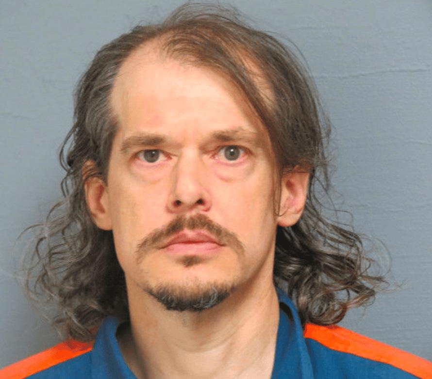 Inmate 573543: Curtis Dawkins.