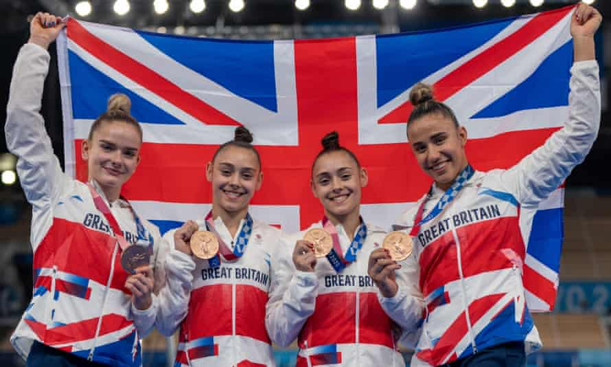 Team gymnasts Alice Kinsella, Amelie Morgan, and Jessica and Jennifer Gadirova with their bronze medals.