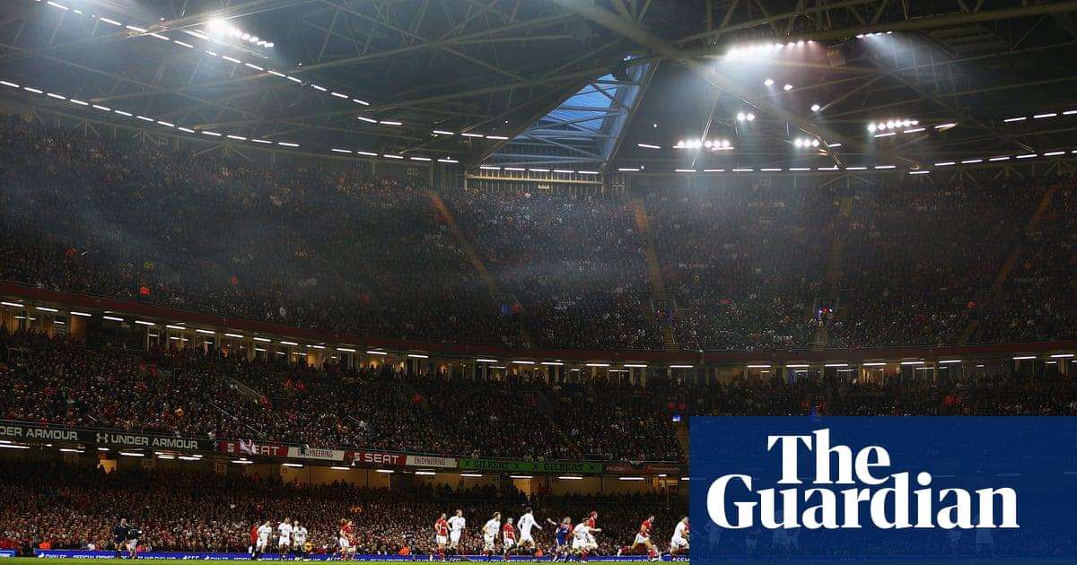 Wales close Principality roof to create 'fortress' atmosphere for England