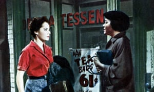SUSAN KOHNER and JUANITA MOORE in Imitation of Life