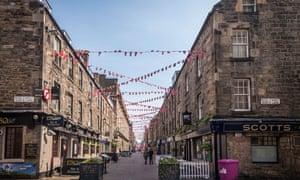 Rose street Edinburgh new town.