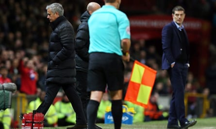 Manchester United manager José Mourinho walks to the stands after being sent off by the referee during the match against West Ham United on Sunday.