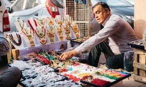 A jewellery street vendor, Jaipur, India.