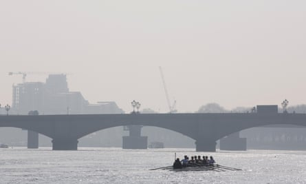 Some 250,000 people are expected to gather on the banks of the Thames to watch the contest.