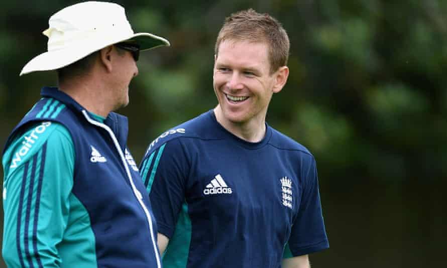 England ODI captain Eoin Morgan speaks with coach Trevor Bayliss earlier this summer.