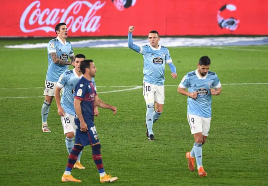 Iago Aspas after scoring Celta's second goal against Huesca.