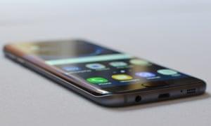 Samsung Galaxy S7 Edge running Android 6 Marshmallow