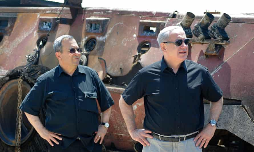 Barak as defence minister, with Benjamin Netanyahu, in 2012.