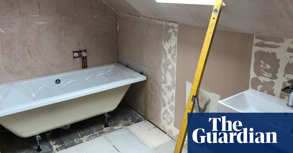 Bathstore collapse leaves householders inconvenienced | Business
