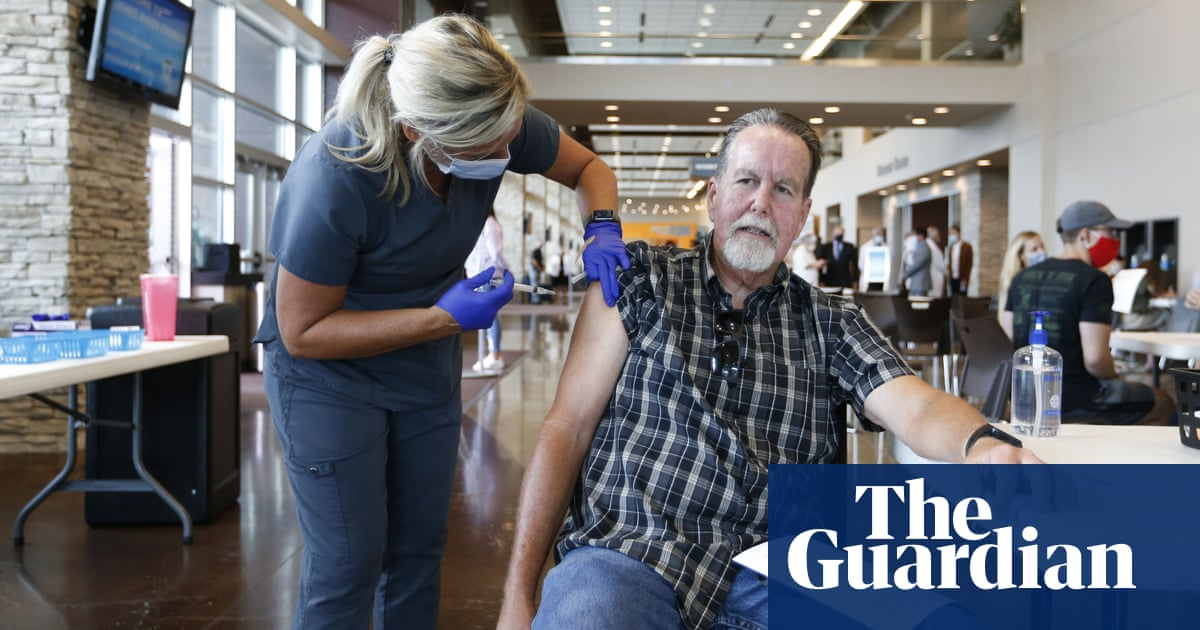 US vaccination rates rise as White House frustrated with media 'alarmism'