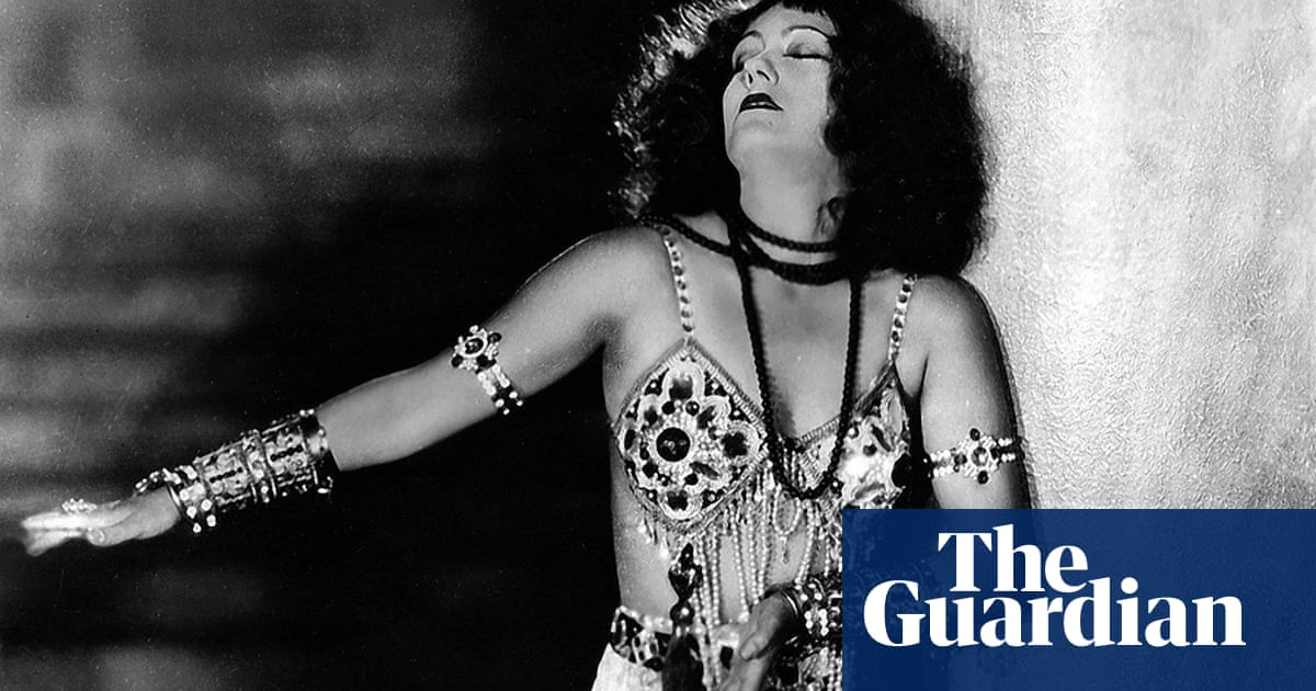 Stage Struck: Gloria Swanson before the pictures got small