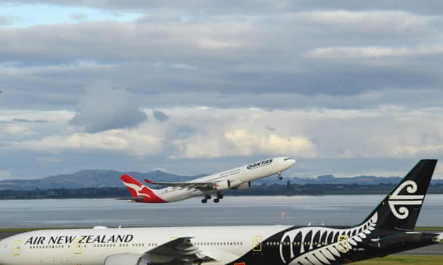 airport image showing air new zealand and qantas planes