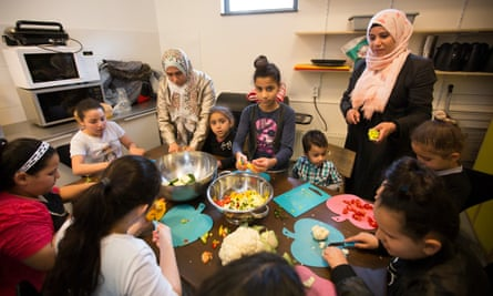 Cooking class with parents and children at a school in Amsterdam.