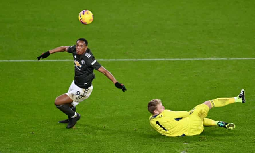 Anthony Martial gets ahead of Aaron Ramsdale to score a long-awaited league goal.