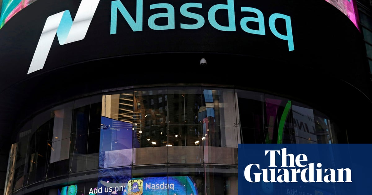Tech stocks lift Wall Street to new highs after Fed's stimulus comments
