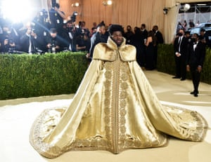 Lil Nas X makes a royal entrance with not one ...