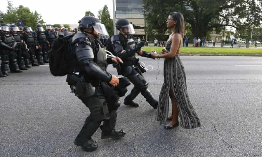 Ieshia Evans facing down police in Baton Rouge, Louisiana.