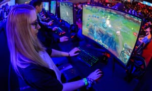 What's the best gaming PC for under £1,000? | Technology