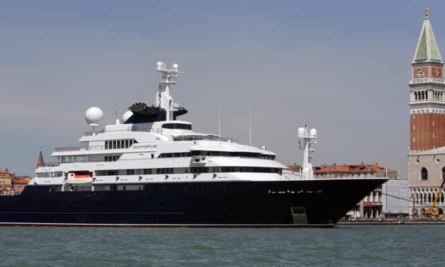 Octopus, the yacht of Microsoft Corp. co-founder billionaire Paul Allen, moored off Venice's Grand Canal in 2005.