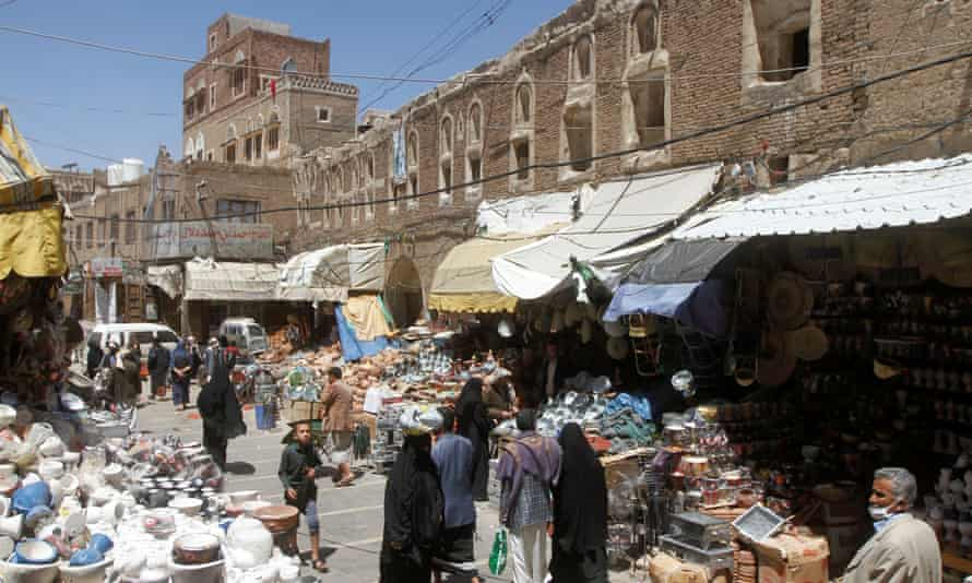 A market in the capital, Sana'a, which is under control of Houthi rebel forces.