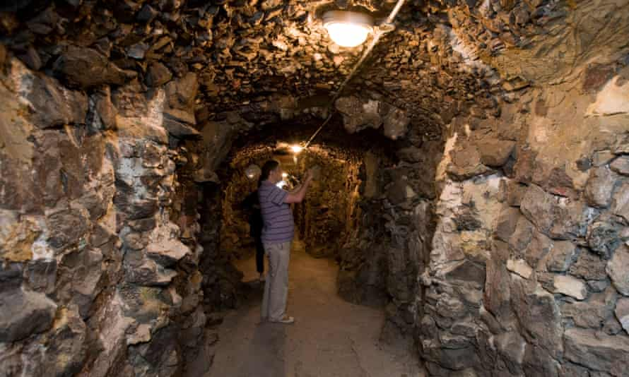 The tunnel in Pope's grotto.