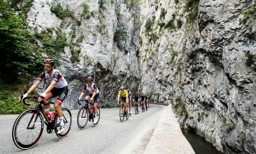 Tadej Pogacar in the peloton in the Pyrenees