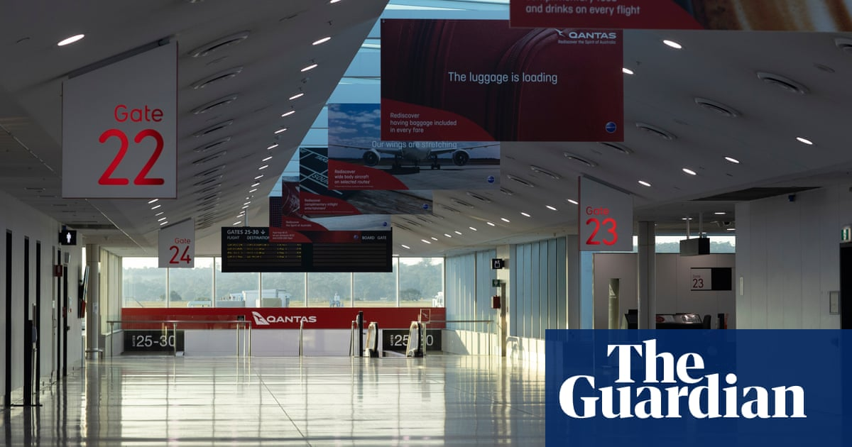 'This is a crucial sector': Morrison government unveils another airline lifeline as Queensland's Covid outbreak worsens