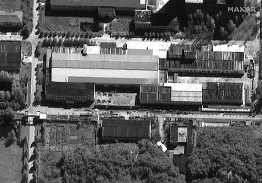 A 14 September satellite image of the same site that appears to show a new wall has been built.