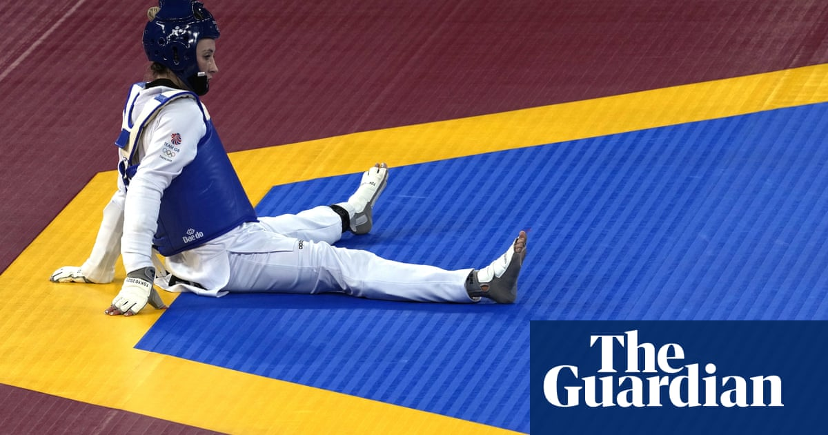 Refugee Team's Kimia Alizadeh stuns GB's double Olympic champion Jade Jones
