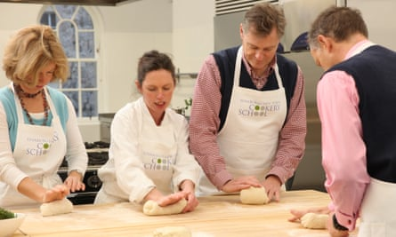 Fiona Burrell teaching older men at the Edinburgh New Town Cookery School