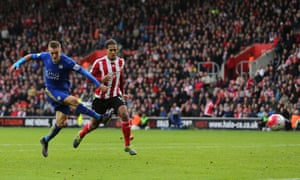 Jamie Vardy fires home his ninth goal of the season to earn Leicester a point in their 2-2 draw at Southampton on 17 october