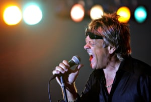 Brian Howe performing in Florida in 2014.
