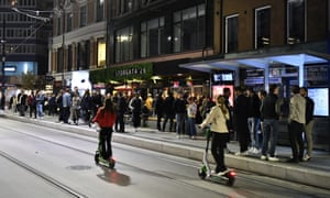 People out on the streets to celebrate the end of the Covid-19 restrictions, in Oslo.