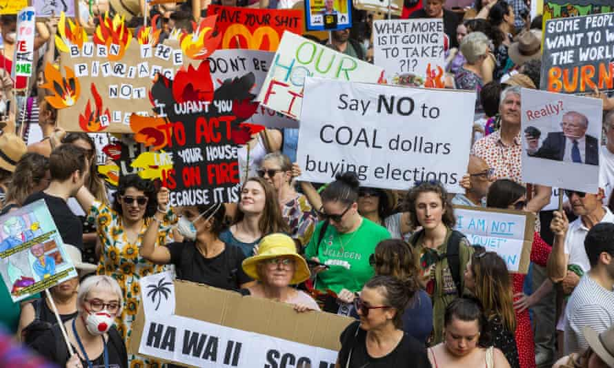 Protesters rally in Sydney for climate action