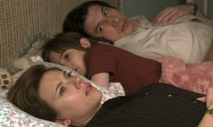 Scarlett Johansson, Azhy Robertson and Adam Driver in Marriage Story.
