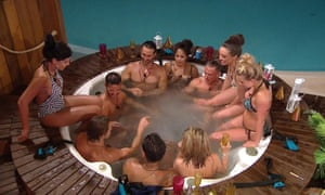 """""""'Love Island', Series 2 TV show, Episode 03, Mallorca, Spain - 2016<br>Editorial use onlyMandatory Credit: Photo by ITV/REX/Shutterstock (5768747t)The Islanders in the hot tub'Love Island', Series 2 TV show, Episode 03, Mallorca, Spain - 2016"""""""