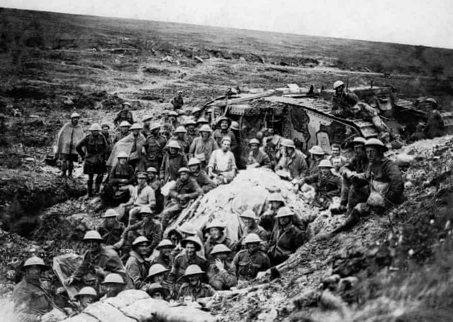The Battle of Flers Courcelette 15 - 22 September: The Mark I tank (D 17) surrounded by some of the infantry from 122nd Brigade whom it led into eastern part of Flers on 15 September 1916.