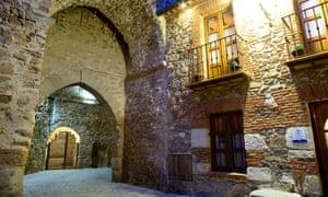 A medieval passageway in Buitrago del Lozoya.