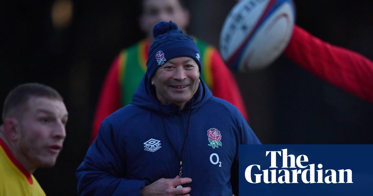 Eddie Jones believes fewer breaks in play would unleash attacking rugby