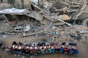 News, single, third prize Ibraheem Abu Mustafa: breaking fast in Gaza city