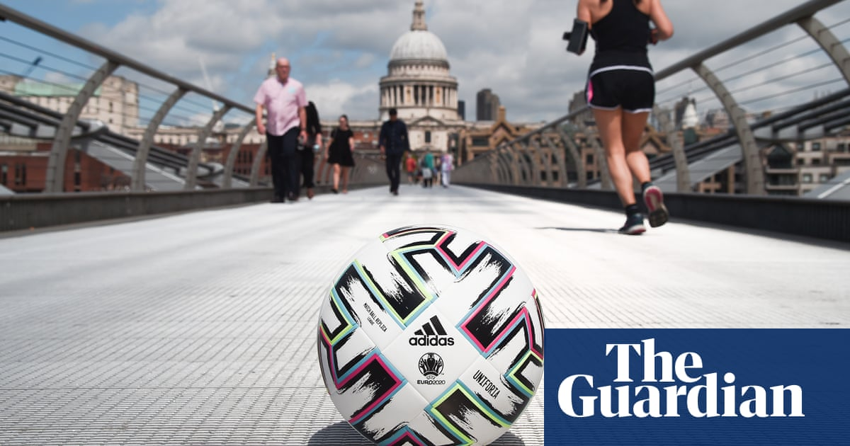 Euro 2020 countdown and the big Spurs search – Football Weekly Extra