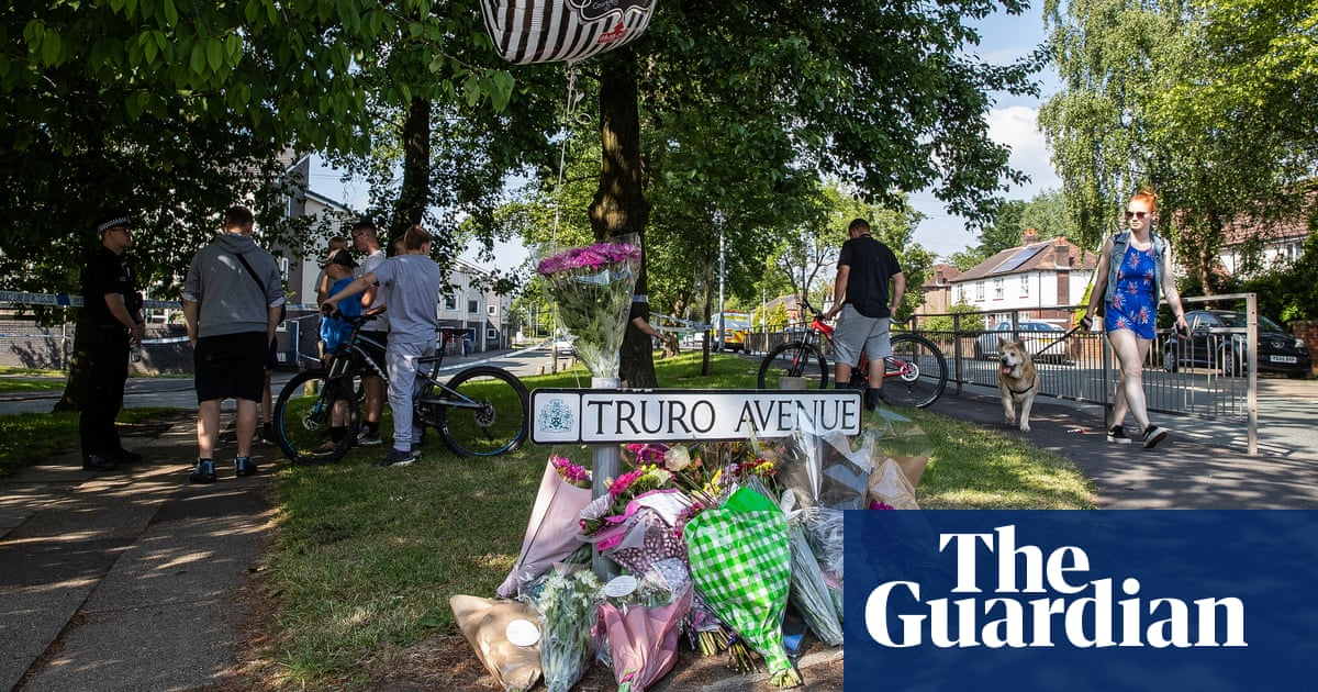 Man Arrested In Stockport Club Murder Inquiry Uk News The Guardian