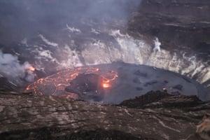 Hawaii, US Lava is effused in an ongoing eruption in Halemaʻumaʻu crater at Kilauea summit