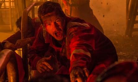 Mark Wahlberg in Deepwater Horizon.