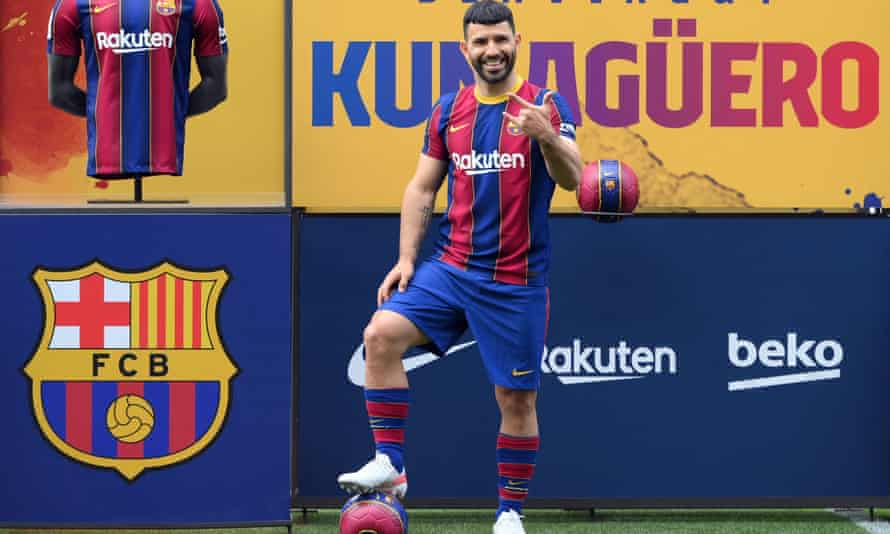 Barcelona confirm Agüero deal with García and Wijnaldum lined up to sign |  Barcelona | The Guardian